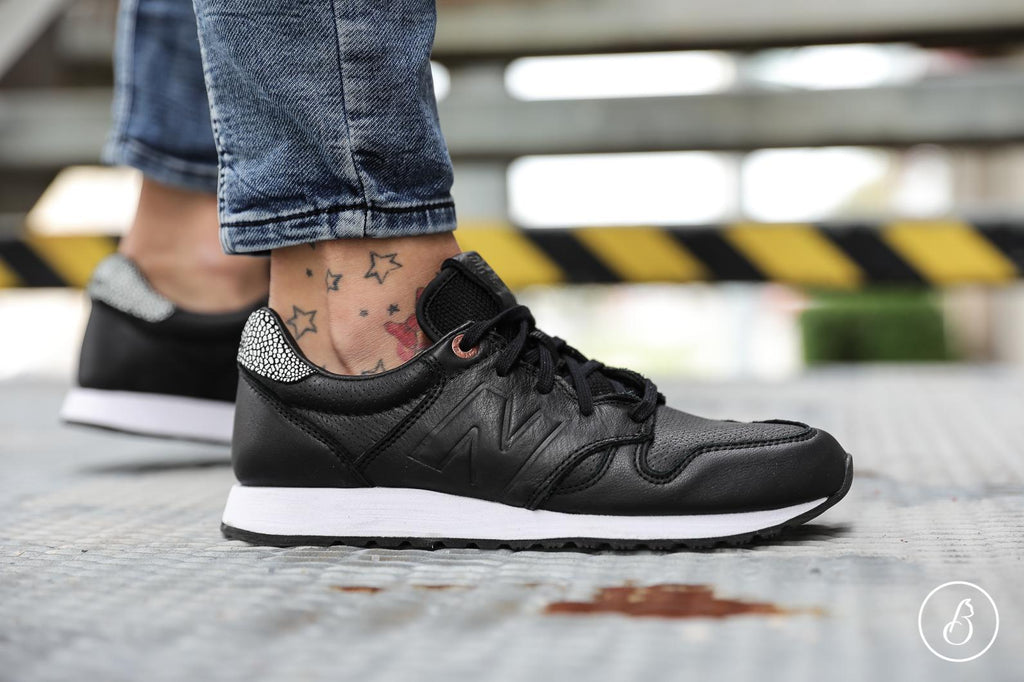 New Balance WL 520 GY Sneakers
