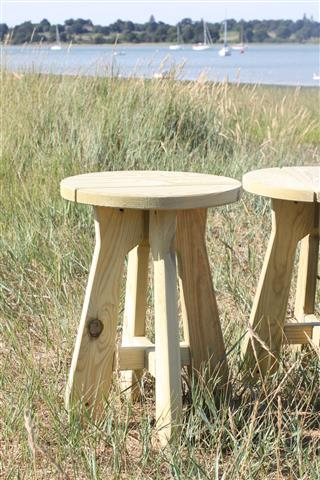 BrackenStyle Scotts Pine Stool