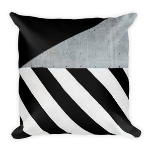 Zebra geometric cushion