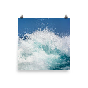 Splashing waves print - Pretty Ventura