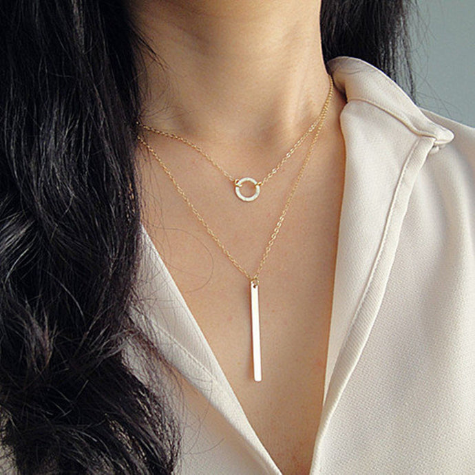 Gold Circle & Bar Pendant Necklace