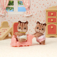 Sylvanian Families - Walnut Squirrel Twins