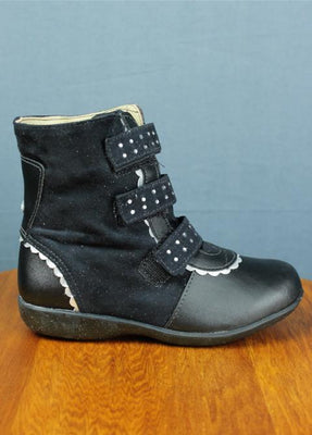 Children leather boot