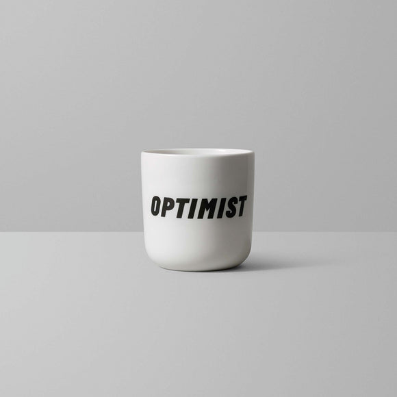 Perfectly printed, porcelain, handle-less mugs from the Copenhagen type foundry. A very funny addition to your workspace kitchen.