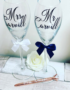Mr & Mrs Flutes - The Perfect Gift Co.