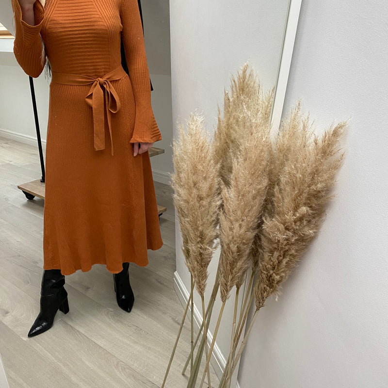 MARAIS KNITTED FLARE MIDI DRESS - RUST