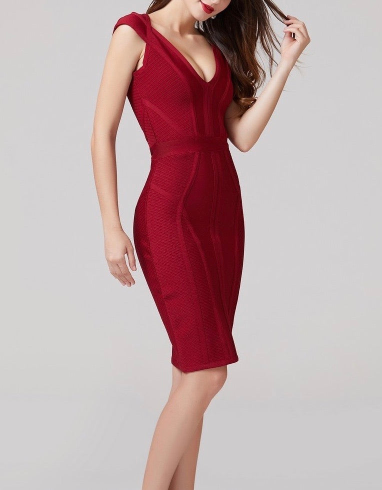 MARIANNE PANELLED BANDAGE MIDI DRESS - BURGUNDY
