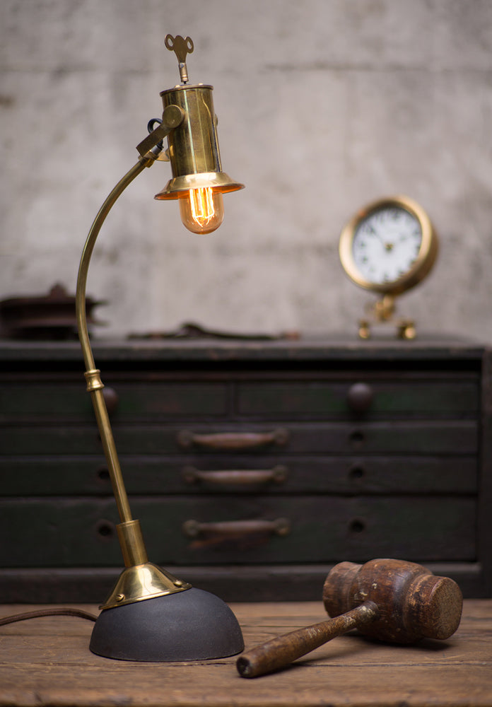 Leonardo Table Lamp Model 1 - Pendulux