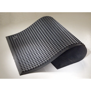 "Ergonomic Matting Makes Work Easier to ""Stand"" at Local Manufacturer"