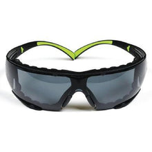Gray 3M™ SecureFit™ Protective Eyewear SF401AF, Anti-fog Lens
