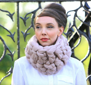 Chunky Knitted Snood Pink
