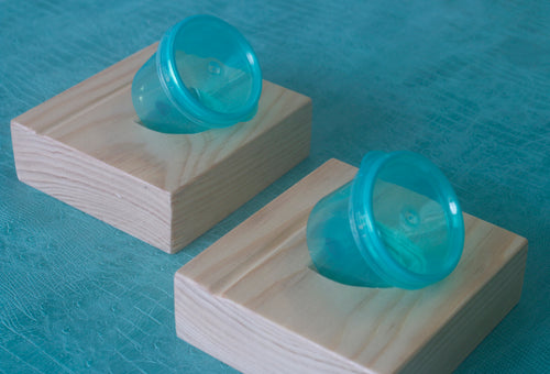 Tilted inkwell holders