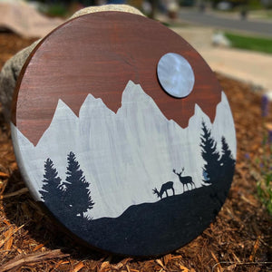 Wildlife midnight round wood and metal artwork