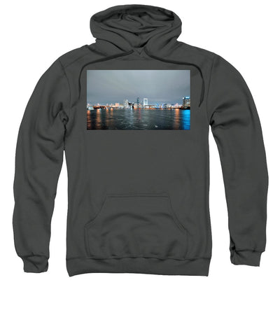 Night Sight - Sweatshirt
