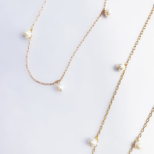 LESIS | Elegant Kiss Necklace
