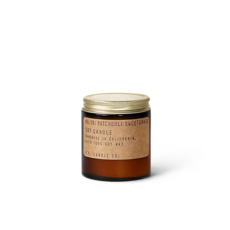 P.F. Candles CO. | NO.19 廣藿香 3.5oz
