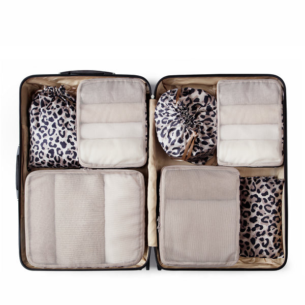 packing organizers in leopard