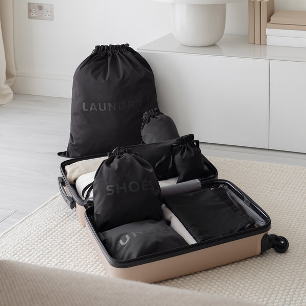 travel bag set in black