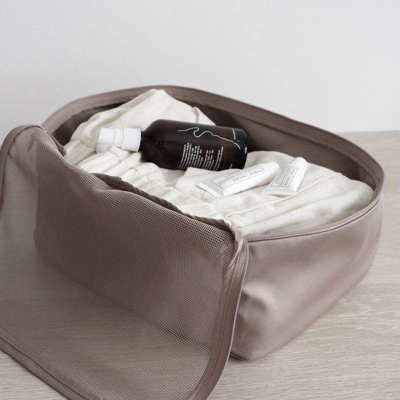 compression packing organizer in taupe