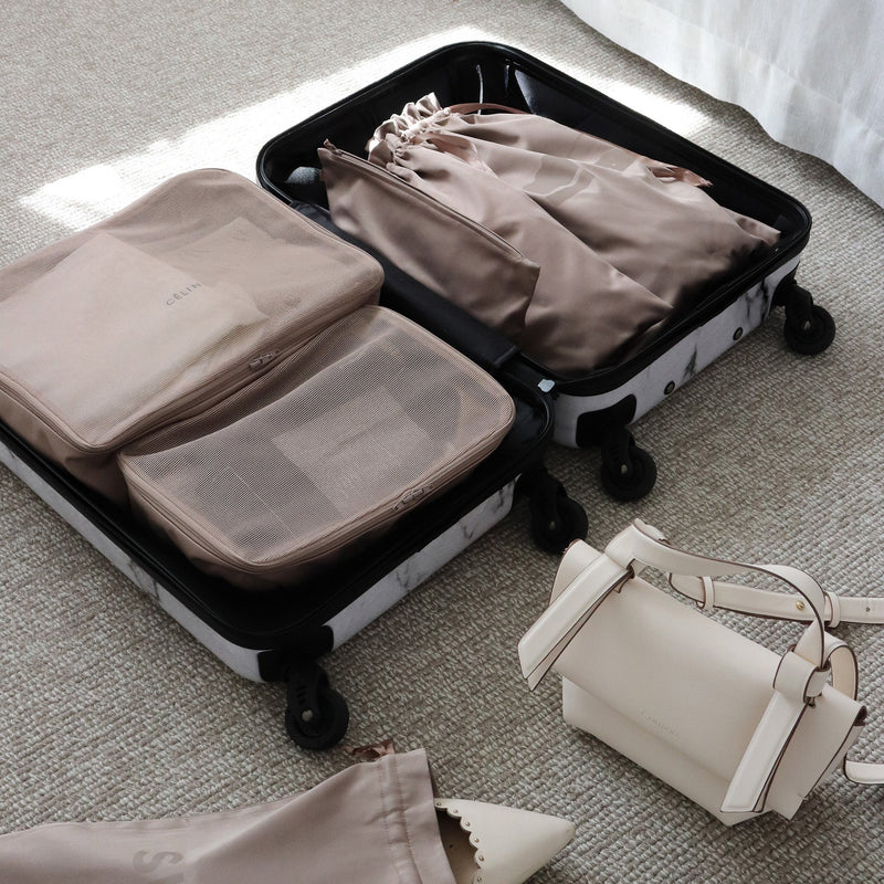 organize hand luggage packing