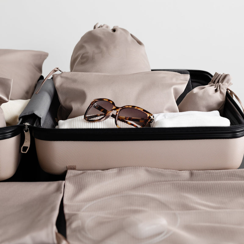 packing tips for an organized suitcase