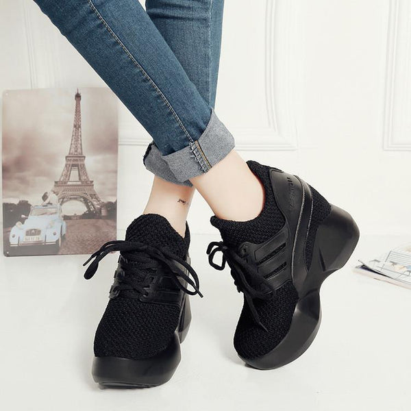 Coconut Increased Leisure Lace-Up Sneakers