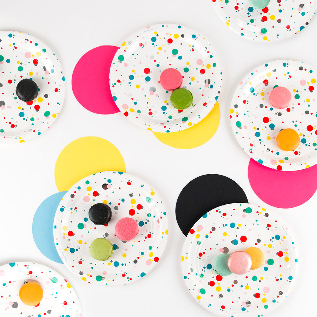 8 assiettes - bulles multicolores