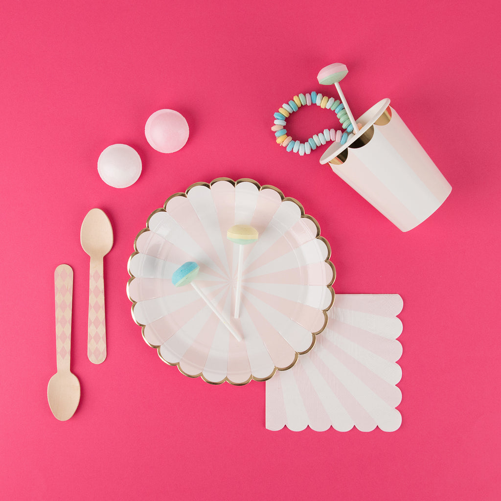 8 petites assiettes - rose poudré - My Little Day
