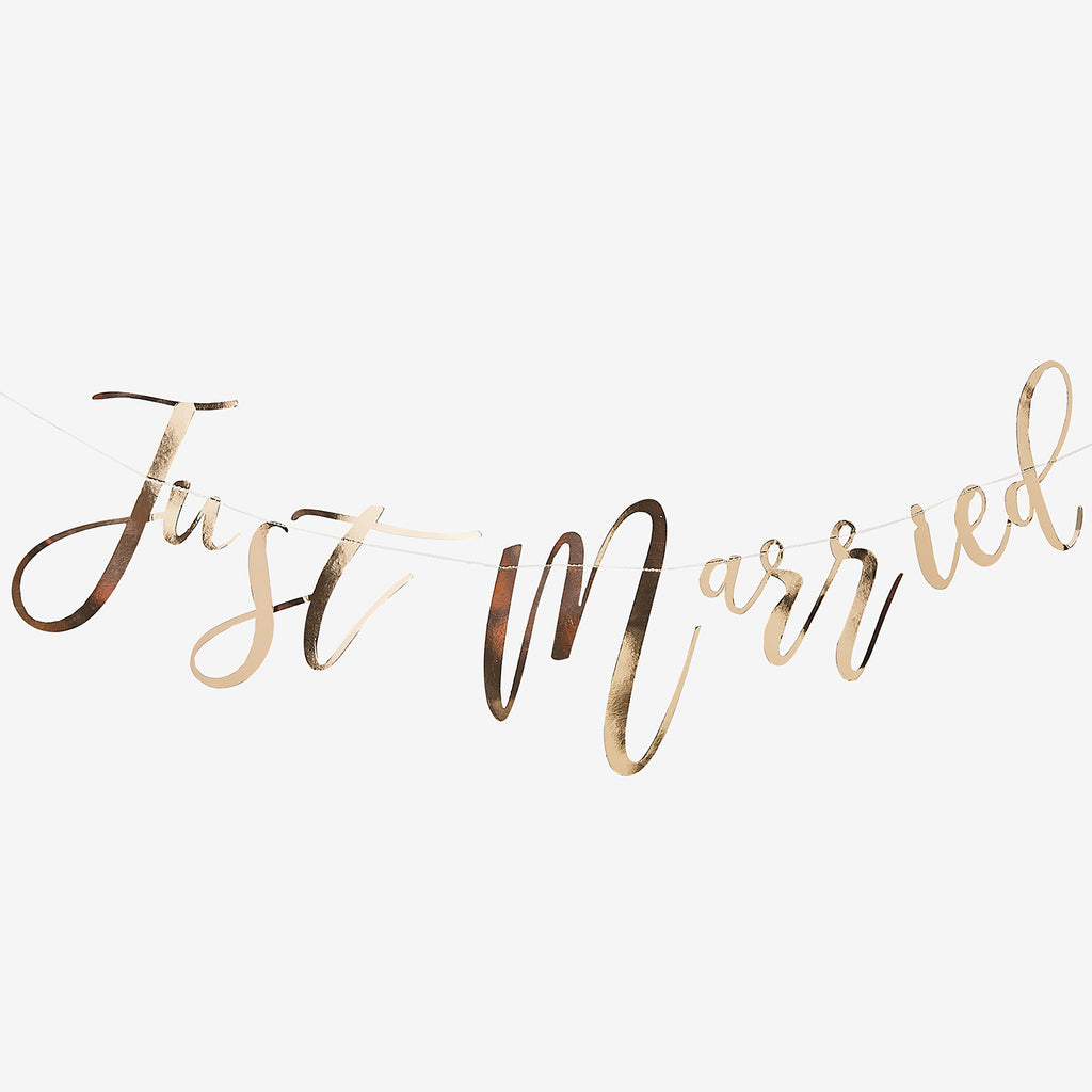 Décoration de mariage doré : guirlande just married rose gold