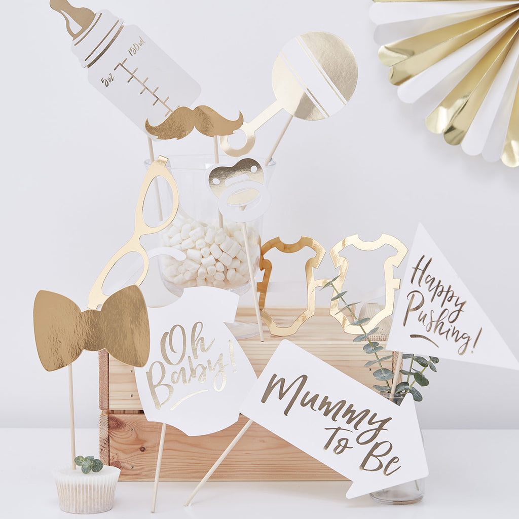 Indispensable animation baby shower : kit photobooth baby shower doré