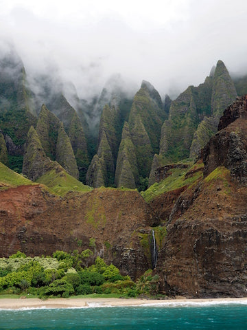 Kauai, Hawaii - your next seaside and adventure destination. Damn Skippy Wear