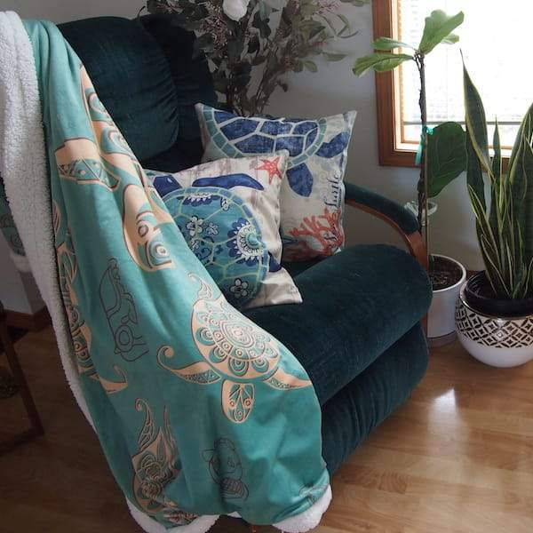 Home Decor - Turtle Sherpa Blanket