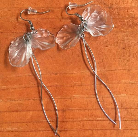 Jewelry - Seashell Petals Earrings