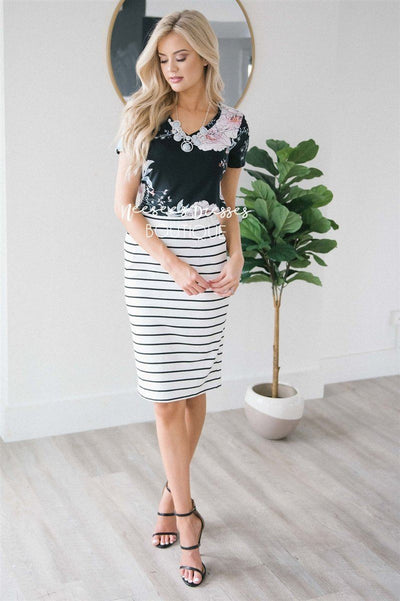 Perfect Fit Black & White Skirt Skirts vendor-unknown