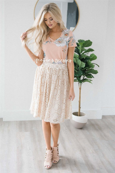 Stunning Cream Lace Skirt