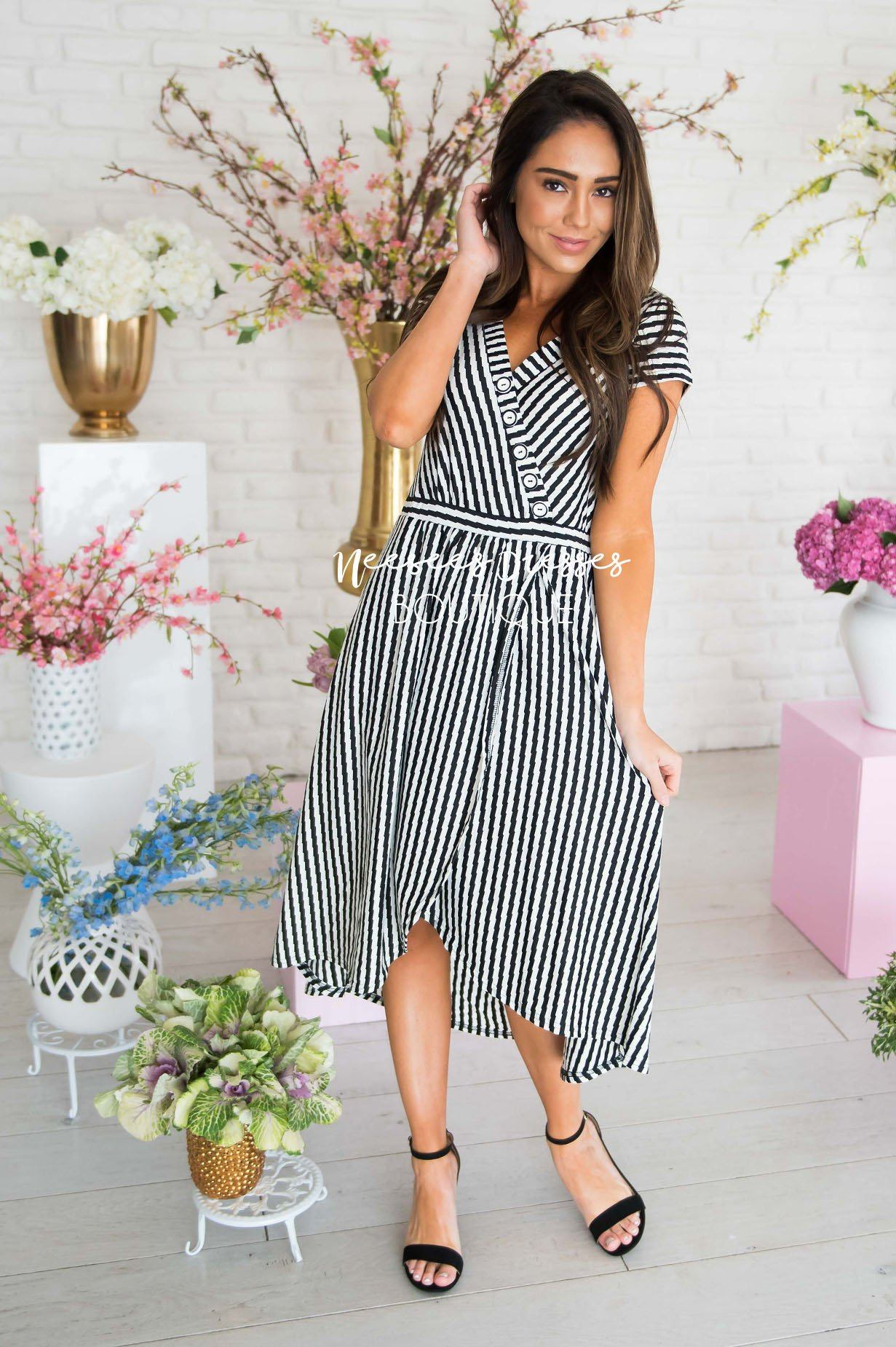 e075c797bec Black White Striped Modest Short Sleeve Dress