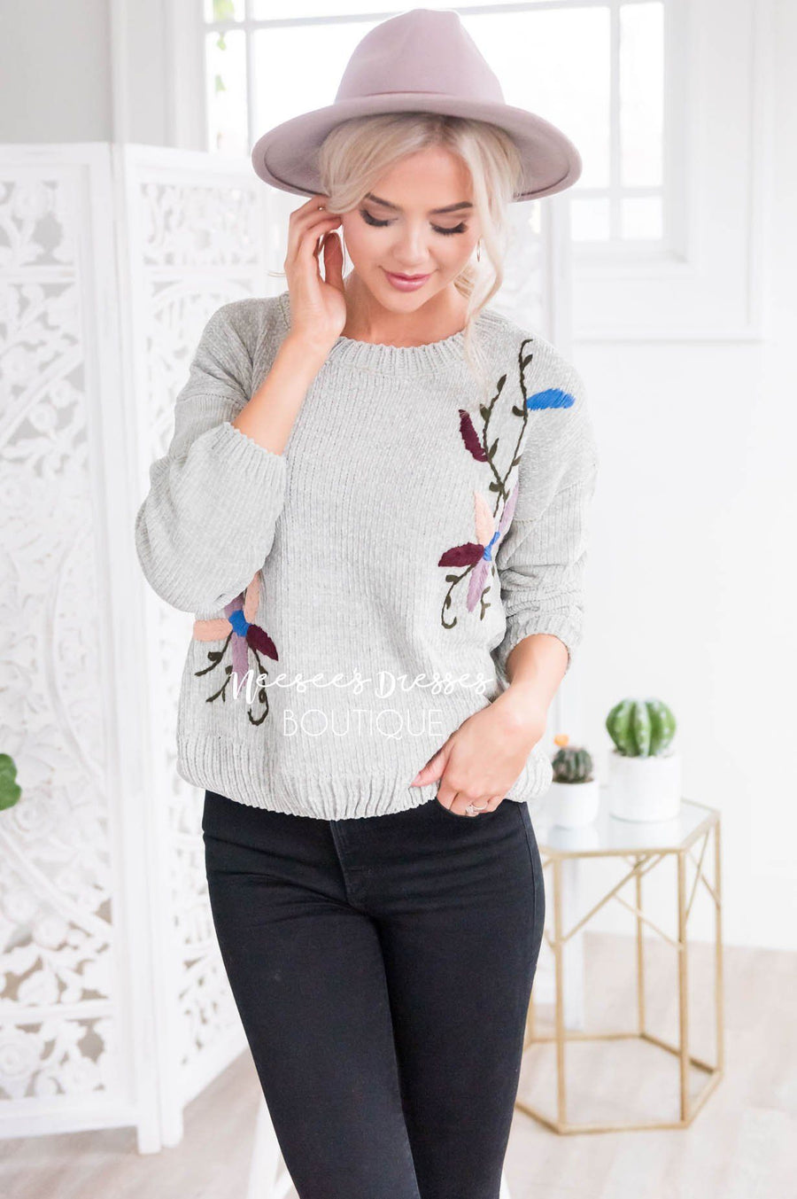 Colorful Embroidered Knit Sweater