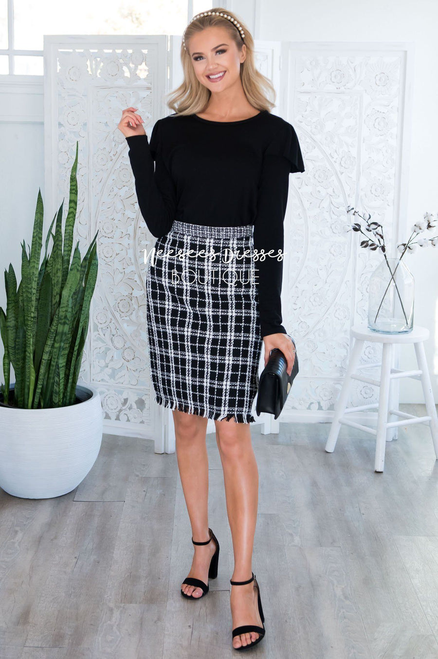Back to Business Textured Skirt