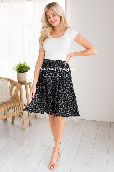 Black & Cream Modest Textured Skirt Skirts vendor-unknown