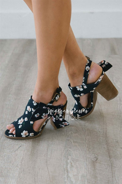 Haida Navy Floral Bow Sandals Accessories & Shoes vendor-unknown