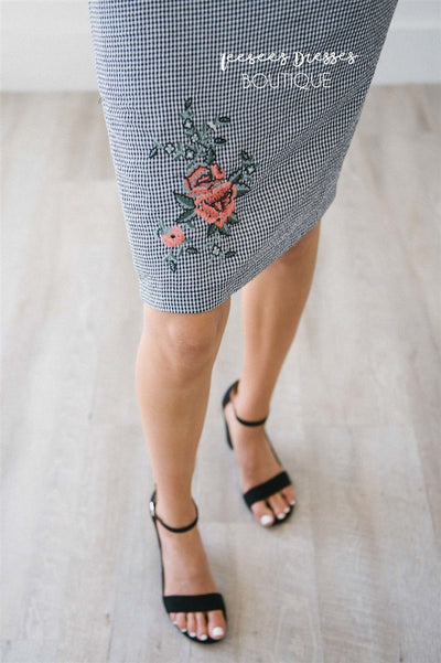 Gingham Floral Embroidered Pencil Skirt