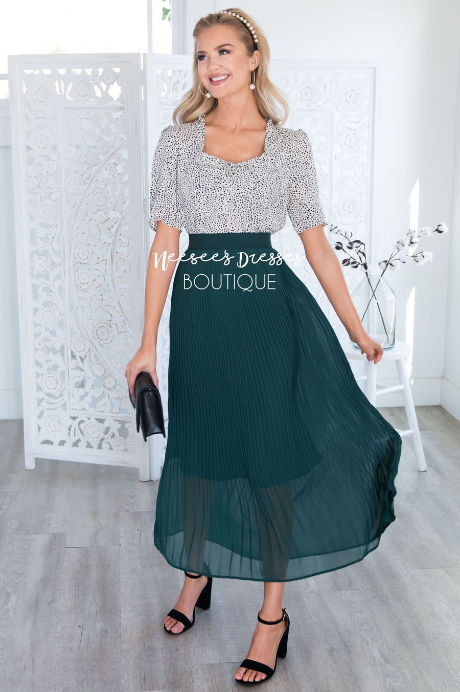 Elegance Pleat Maxi Skirt