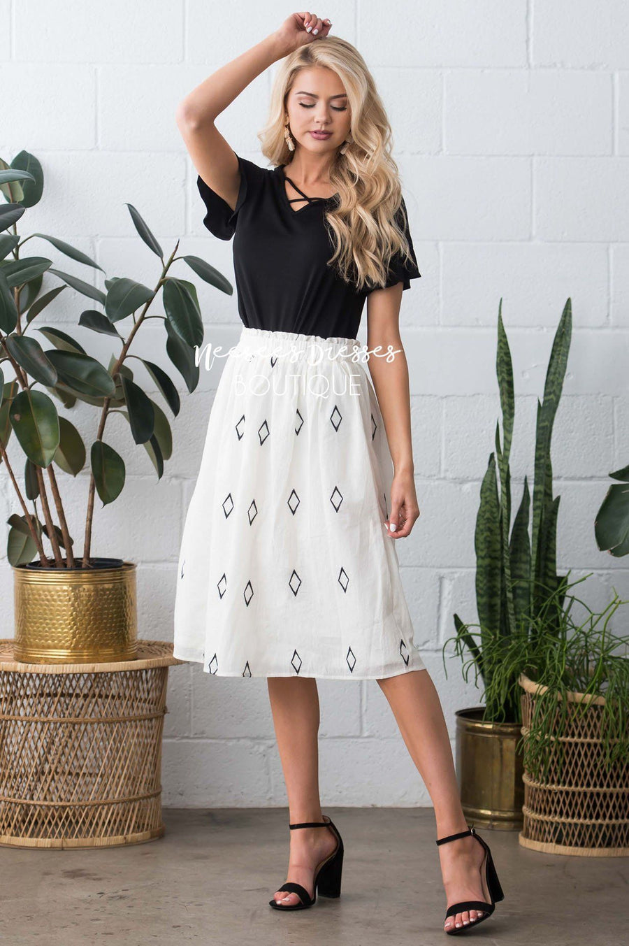 Diamond Print Smocked Waist Skirt