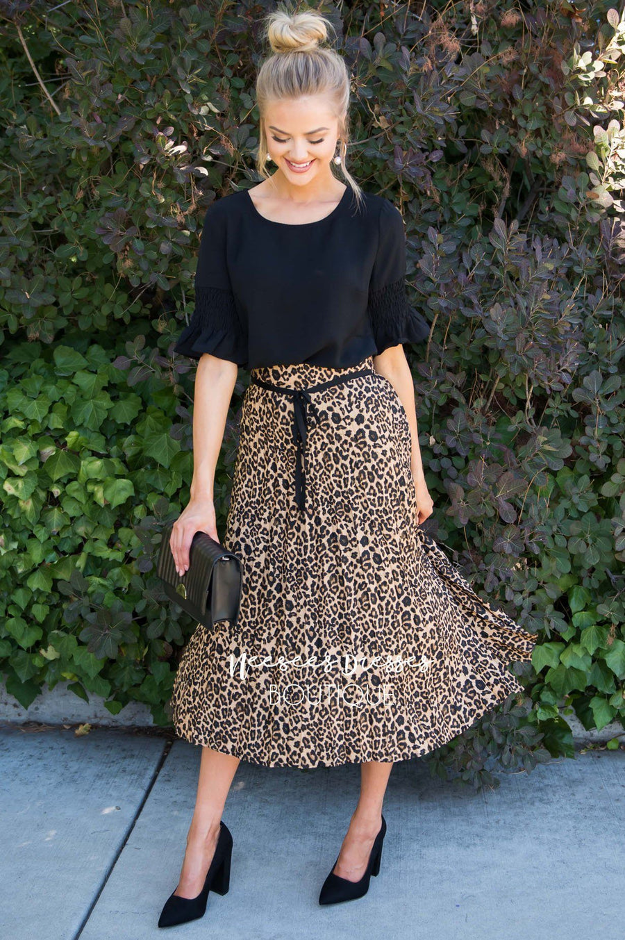 Lovely in Leopard Skirt