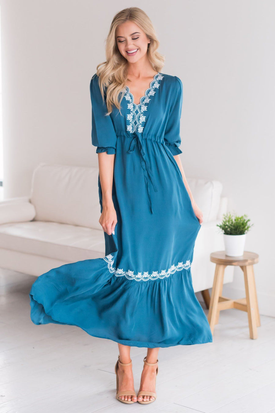 The Sonnie Modest Dresses vendor-unknown