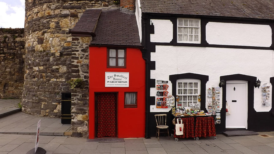Unusual and Quirky Places for a Family Visit in the UK