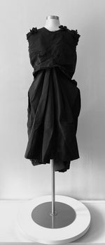 Load image into Gallery viewer, Filippo Grandulli Black Petal Dress Size Small