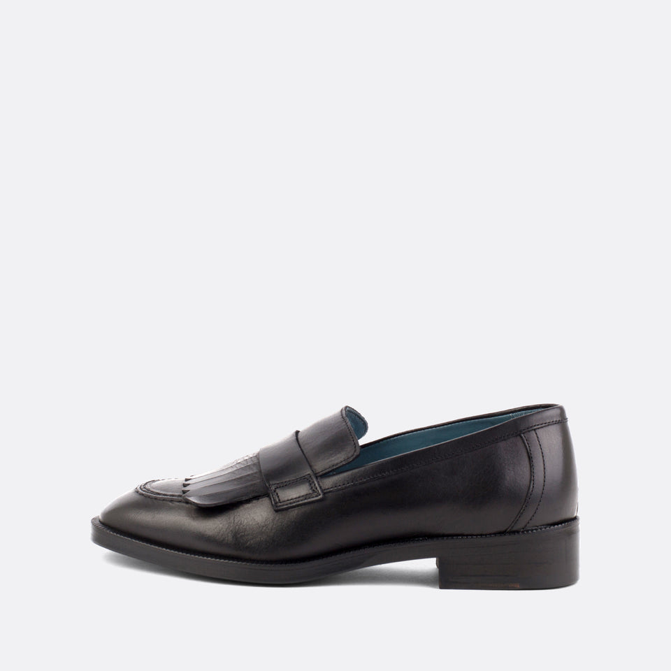 Black Kiltie Loafer