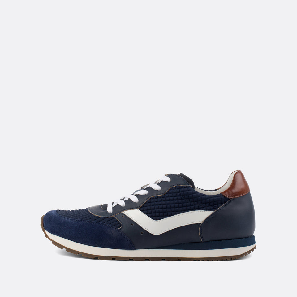 Argegno Navy Runners