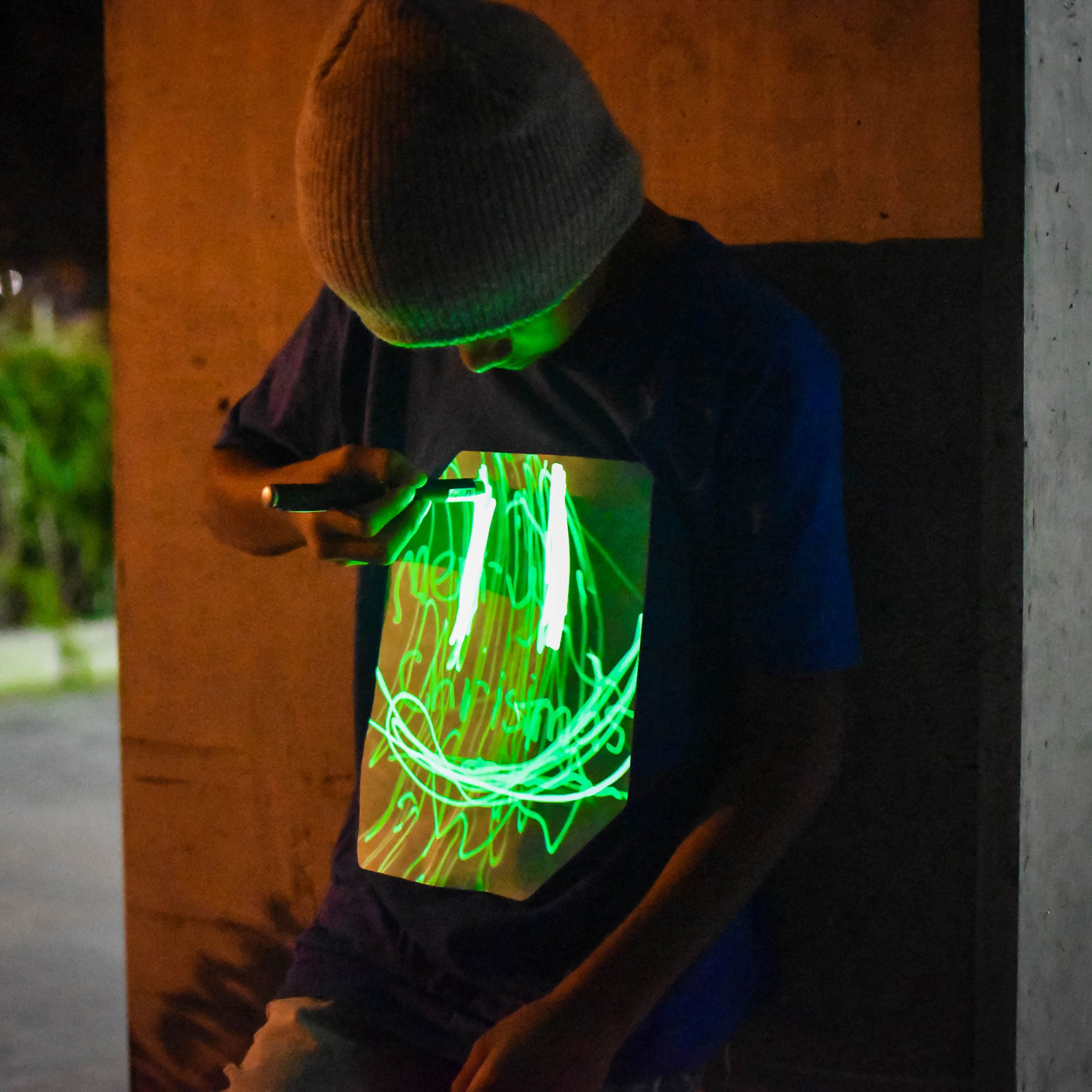 Kids Interactive Glow In The Dark T-shirt in Blue and Green Glow
